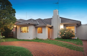 Brighton East family home on nearly 1000sqm