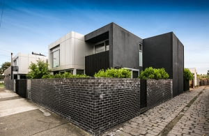 Off market townhouse in Brunswick with big, sunny courtyard