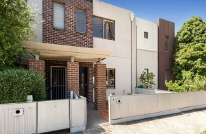 A fabulous Brunswick West townhouse for an interstate investor