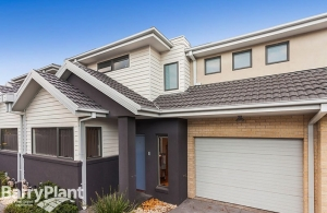 Paying less with better terms than the opposing buyer - a townhouse in Altona