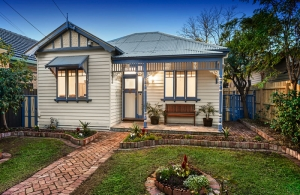 An exciting auction in West Footscray