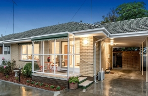 A 5% yield with a unit in Geelong West