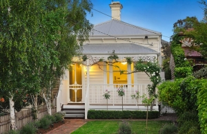 3 bedroom single front in Camberwell