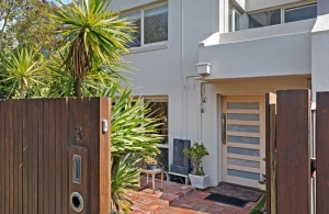 Beautiful Balaclava Townhouse Purchased by Owner Occupiers