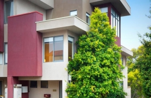 3 Level Townhouse in Coburg