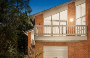 Incredibly Spacious 2 Bed Unit in Greensborough