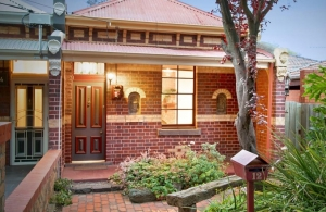 Northcote Period Home Won at Auction