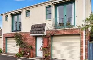 Trendy Townhouse Won at Auction in Kensington