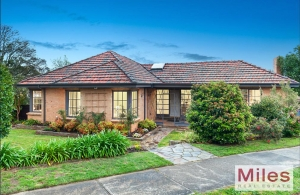 Incomparable living in Ivanhoe East