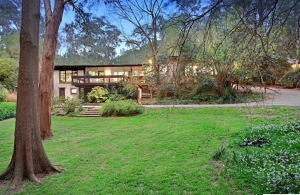 Beautiful Lifestyle Property in Eltham South