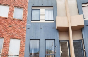 Townhouse in Moonee Ponds Won at Auction