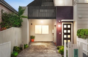 Owner Occupiers Purchase Townhouse in the Heart of Coburg